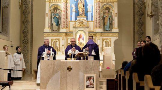Otcovia biskupi slávia sväté omše za život, v sobotu 24. marca pozývame do Ľutiny